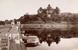 Rear view of Birsing Deo's Palace at Dattia.